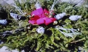 Grave Blanket, Red Velvet Bow Pine Cone 3ft