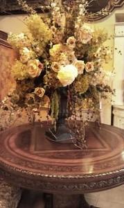 Mausoleum Decor, Rose Vintage
