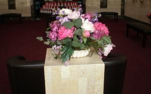 Mausoleum Decor, Table, Flower